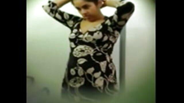 گروپ جنسی سکس ایرانی سکسی تعلقات دو لڑکیوں کے ساتھ